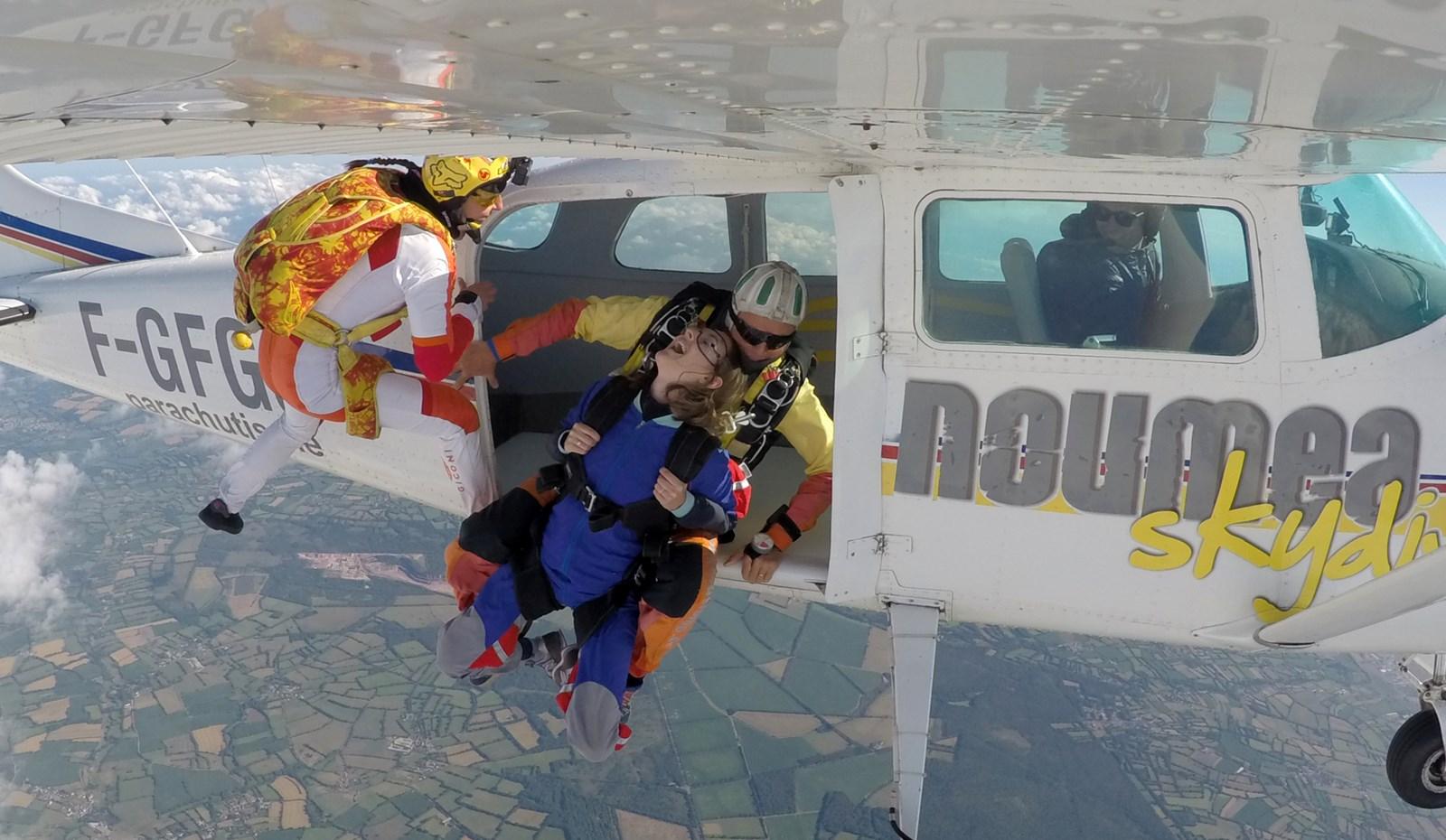 Saut en parachute tandem avec a'air parachutisme Lessay